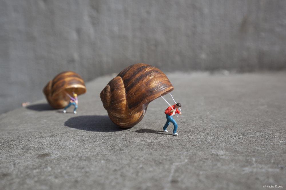 Shelter slinkachu artist miniature figures
